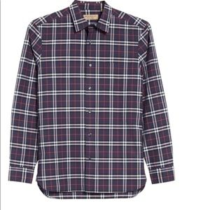 Authentic Burberry man buttons up shirt.